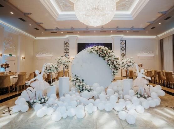 wedding balloon decor Jacksonville